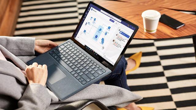 Microsoft, PC'leri otomatik olarak Windows 10'un en son sürümüne güncellemeye başladı